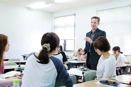 国際社会で活躍できる人材を育成