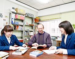 教育・研究スタッフ