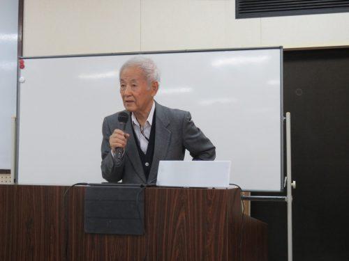 小川学夫名誉教授による「奄美の島唄研究」の授業が始まりました