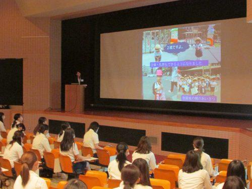 こども学専攻「卒業生による就職体験発表会」を開催しました