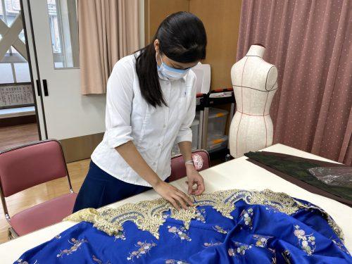 デザイン表現コースの授業紹介「ドレスメーキング1・2・3」